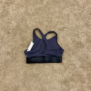 NWT Fabletics High Impact Sports Bra